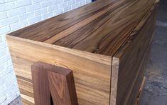 Afbeeldingsresultaat voor notenhout badkamer