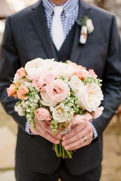 pink + white bouquet | Tucker Images #wedding