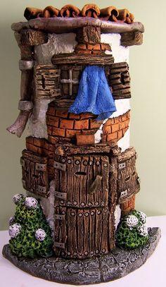 sandylandya@outlook.esArtesania. Tejas Decorativas. Clay Houses, Ceramic Houses, Ceramic Clay, Miniature Fairy Gardens, Miniature Houses, Miniature Dolls, Pottery Houses, Paper Mache Crafts, Fairy Garden Houses