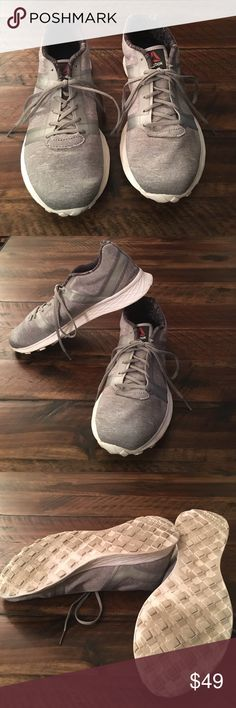Reebok Sublite Speedpak running shoe Reebok Sublite Speedpak running shoe, lightweight, memory foam insole. Only worn a few times. Washed and good to go. Reebok Shoes Athletic Shoes