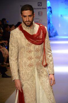 Anjalee and arjun kapoor india wedding, desi wedding, wedding men, wedding India Wedding, Desi Wedding, Wedding Suits, Wedding Men, Indian Men Fashion, India Fashion, Mens Fashion, Groom Outfit, Groom Dress