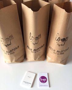 La emoción de los preparativos de un taller muy especial  en colaboración con @rosamoreno_rm mañana os contamos más   #tallerescreativos #ganchillo #crochet #instacrochet #hechoamano #diy #handmade #workshops #crochetlove #trapillo #tshirtyarn #emotion #hooked #loops #deco #rosamoreno #loopsbylaura by loopsbylaura