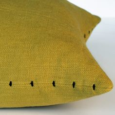Pillow Inspiration, Pillow Ideas, Boho Ideas, New Business Ideas, Baby Sewing Projects, Textiles, Sewing Pillows, Diy Home Crafts, Knitting Patterns Free
