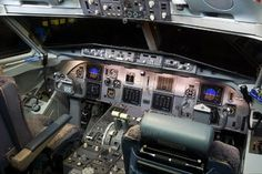PH-OFE - KLM Cityhopper Fokker 100 (3527 views)