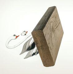 Murano (?) swans on plinth 55mm X 105mm , 90mm H   Item ref 0198