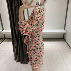 Boho Bow Sexy Pleated Floral Print Mini Dress #Bohemian #bohostyle #spring2021 #summenr #likeforlike #comment #followforfollow #fashionlooks
