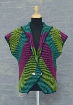 Sweater design by Hanne Falkenberg. I LOVE her stuff!!