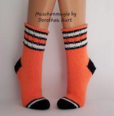 Crochet Socks, Knit Socks, Knit Crochet, Sock Knitting, Handicraft, Mittens, Knitting Patterns, Shoes Sandals, Gloves