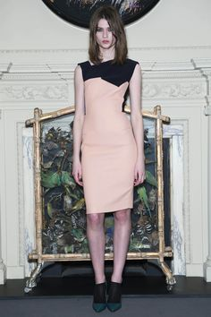 Look 07 #RolandMouret #PF15 Pre Fall Collection show