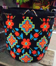 #wayuubag .. WHOLESALE... ALL COLORS  of designs and colors, made mano. #Handmade national and international shipments. From #colombia to #Wayuu  Wsp +57 3007157231 .  write us by inbox. #wayuulovers  #taiwanese #thailands #pekin #beijing #honkong #china #asian #時尚 #提供 #海灘 #帽子屋 #手鐲 #手工製造 #批發 #出售 #袋 l #Wayuu帽子 #夏 #太陽 #自由奔放に生きます #thailandshop #taiwanstyle
