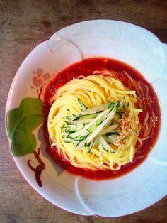 簡単!シンプル!トマトダレの冷やし中華 by ひな 「写真がきれい」×「つくりやすい」×「美味しい」お料理と出会えるレシピサイト「Nadia | ナディア」プロの料理を無料で検索。実用的な節約簡単レシピからおもてなしレシピまで。有名レシピブロガーの料理動画も満載!お気に入りのレシピが保存できるSNS。