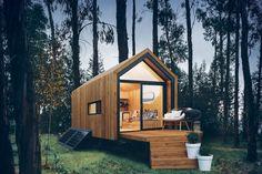 Tiny House Talk, Tiny House Cabin, Tiny House Living, Tiny House On Wheels, Tiny House Design, Hut House, House Deck, House Floor, Minimaliste Tiny House
