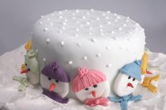 snowman family cake.  So cute for a winter themed bday!