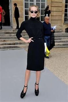 Daughter of Patti Hansen and Keith Richards, Theodora Richards outside of Dior.