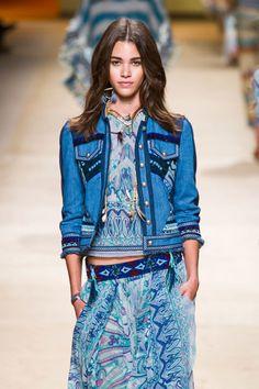 Etro spring 2015 collection. i dettagli della giacca, tagli vivo