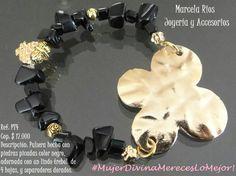 ¡Creamos productos que te encantarán! ¡Agregamos toques tiernos que te harán lucir muy bella! Twitter, Hardware Pulls, Hair Bows, Pearls, Create, Products, Bangle Bracelets