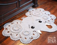 Crochet Pattern PDF for making a beautiful Elephant Animal Rug or Nursery Mat with Big Lace Ears.make circles in ears a different color Bag Crochet, Cute Crochet, Crochet Hooks, Crochet Baby, Crochet Rugs, Crochet Unicorn, Vintage Crochet, Crochet Top, Elephant Rug Crochet