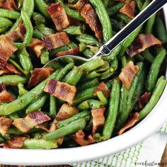 Green Beans with Bacon Green Bean Casserole Bacon, Homemade Green Bean Casserole, Green Beans With Bacon, Cooking Green Beans, Side Dish Recipes, Veggie Recipes, Cooking Recipes, Yummy Recipes, Healthy Recipes