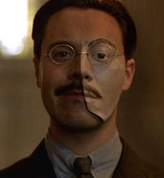 Jack Huston wearing the mask as Richard Harrow in Boardwalk Empire film