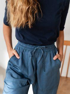 Velvet Fashion, Blue China, Sustainable Clothing, Classic Looks, Capsule Wardrobe, Cotton Tee, Soft Fabrics, Lounge Wear, Organic Cotton