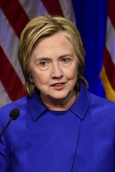 Hillary Clinton wears minimal make-up and newspapers are confused and repelled — The Pool