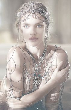Shalimar, new film by Guerlain. The most beautiful love story ever. And the star here is Natalia Vodianova: