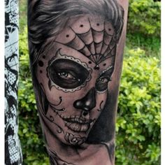 Day of the Dead face paint by Henry Anglas Padilla
