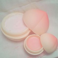 Peach aesthetic, pink aesthetic и peach. Peach Aesthetic, Aesthetic Photo, Aesthetic Pictures, Imagenes Color Pastel, Kawaii Makeup, Just Peachy, It Goes On, Aesthetic Makeup, Beauty Skin