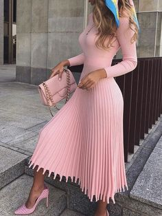 Mid-Calf Pleated Nine Points Sleeve Pullover Women's Maxi Dress - Outfit Fashion Classy Outfits, Chic Outfits, Dress Outfits, Fall Outfits, Fashion Dresses, Maxi Dresses, Wedding Dresses, Bandage Dresses, Dance Outfits