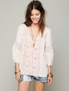 Free People Printed Bubble Sleeve Top at Free People Clothing Boutique 108 Boho Gypsy, Bohemian Style, Hippie Chic, Spring Blouses, Boho Fashion, Womens Fashion, Hippy, Style Me, Free People