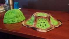 Check out this item in my Etsy shop https://www.etsy.com/listing/280653002/crochet-turtle-baby-cover-crochet-turtle