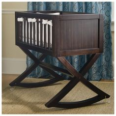 Baby Cradle... I so badly want Michael to make this for us <3