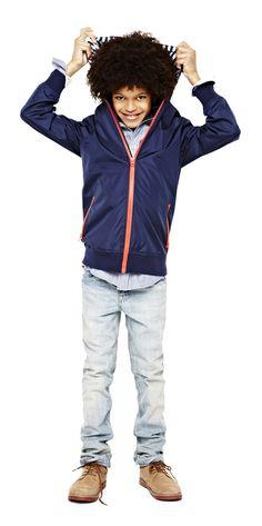arizona shirt with skinny jeans and windbreaker