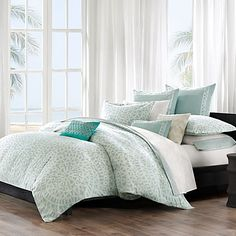 This Mykonos duvet cover set by Echo brings a calm feeling to the bedroom. The oversized duvet cover is made from 100% cotton with a mosaic tile design.