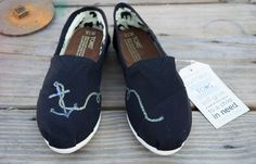 Hand Painted Toms Sh