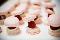 MACARONS | A trendy life weddings en stylelovely.com