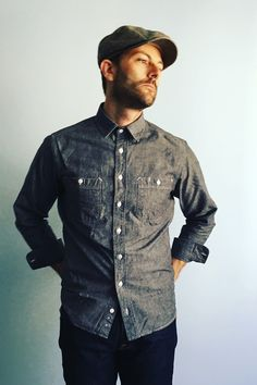 The California in Charcoal Everyday Chambray Shirt from Taylor Stitch. Available at The Revive Club.  #taylorstich #thereviveclub #mensshirts