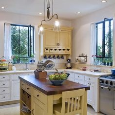 removeandreplace.com wp-content uploads 2014 02 38-Great-Kitchen-Island-Ideas_14.jpg