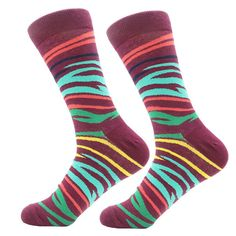 Stripes in the safari socks are the perfect combination of fun, exoticness, and style. The color combination is carefully designed to complement with backgr Crazy Socks, Cool Socks, Brown Socks, Red Socks, Funky Socks For Men, Shark Socks, Yellow Socks, Sock Animals, Happy Socks