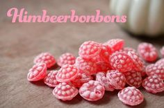 Himbeerbonbons lose ausm großen Bonbon-Glas im Tanta Emma Laden um die Ec 90s Childhood, My Childhood Memories, Sweet Memories, Tante Emma Laden, Grands Pots, Good Old Times, Spice Girls, 90s Kids, My Memory
