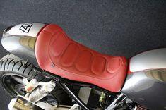 Suzuki Inazuma Custom Cafe Racer Custombike by Kraftrad Nöda Suzuki Cafe Racer, Inazuma Cafe Racer, Suzuki Gsx R 750, Cafe Racer Parts, Custom Cafe Racer, Cool Cafe, Sneakers Nike, Louis Vuitton, Shoes