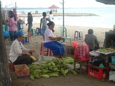 Food vendors along Sanur Beachfront