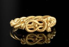 Custom Make Jewelry on Morpheus! www.morphe.us.com A gold ring with Herakles-Knot, Roman 1st century A.D.