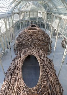 Andy Goldsworthy can take ordinary things from nature and make them incredible.