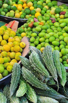 Seeb souk, Oman.  Photo: luca.gargano, via Flickr