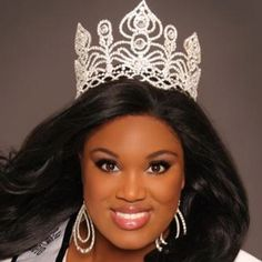 Pageant Crown Royal Crowns, Royal Jewels, Tiaras And Crowns, Crown Jewels, Pageant Crowns, Pageant Girls, Circlet, Pageants, Beauty Pageant