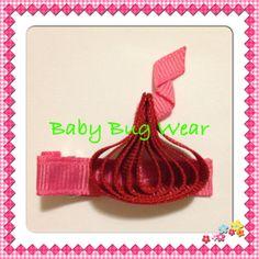 Valentine's Kiss by www.facebook.com/babybugwear