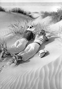 Sun sea shore Paul Wolff | par Ronald Hirlé