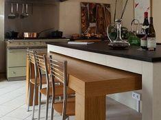 îlot de cuisine avec table intégrée