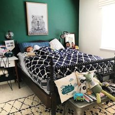 Looking for an idea to change the decoration of your living room? It will beautify your home at a lower cost. Accent Wall Bedroom, Boys Bedroom Decor, Bedroom Green, Boys Bedroom Paint, Boys Bedroom Furniture, Big Boy Bedrooms, Kid Furniture, Bedroom Ideas, Furniture Design